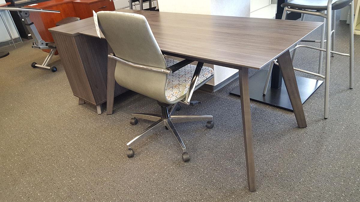 Office Source Sienna Collection 60 W X 29 1 2 D Standard Desk